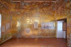 Strange kind of temple, Foil de oro sobre muro, Vista de instalación, CASA Oaxaca México, 2017
